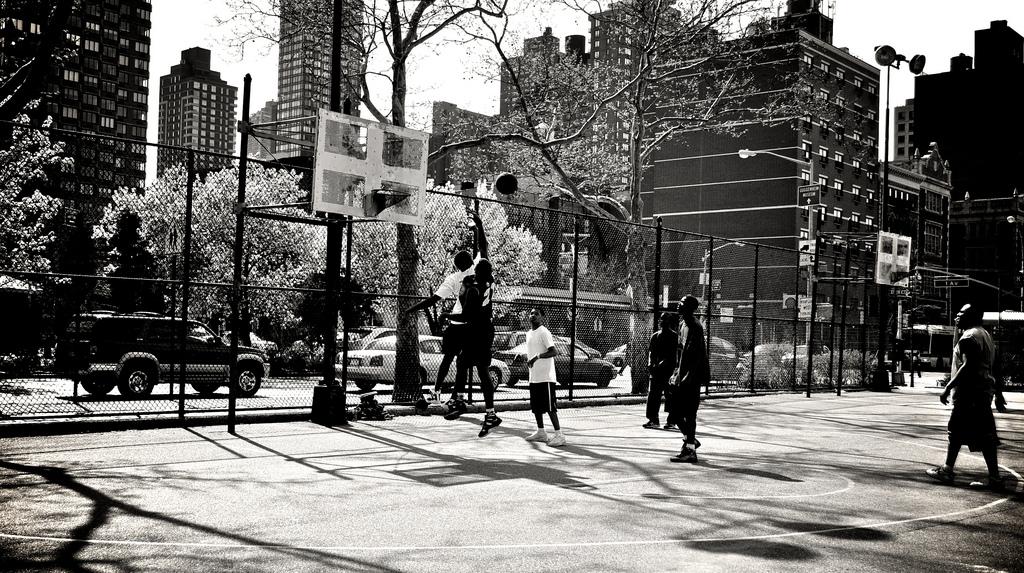 Будни жизни раскрашенные баскетболом