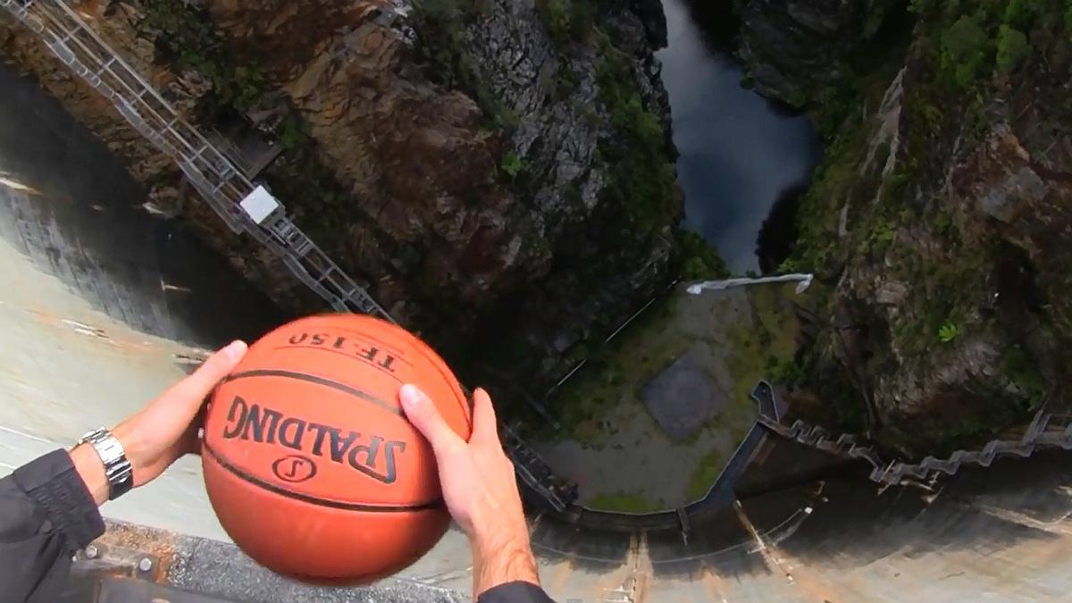 Вне баскетбола
